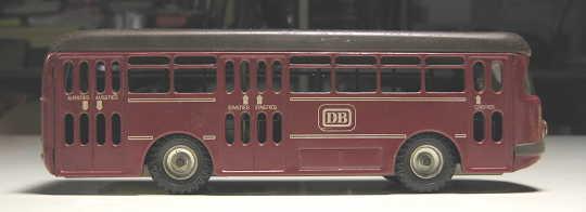 DB_bus_0.jpg
