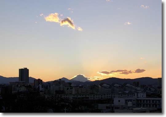 Fuji_101231_0.jpg