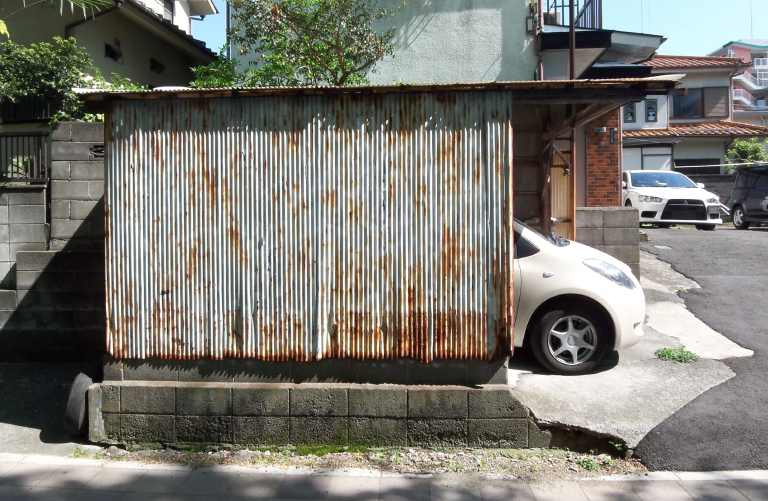 Garage080506_1.jpg