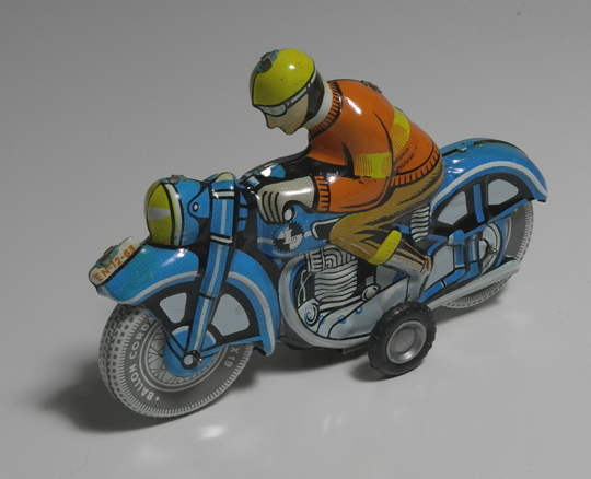 HUN_bike_toy_3.jpg