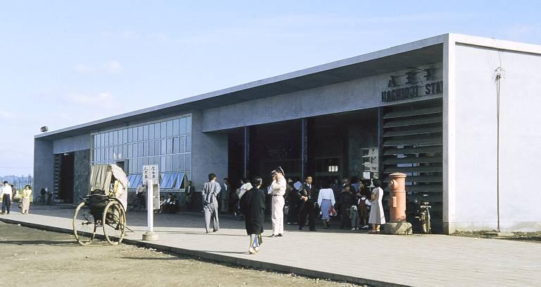Hachioji_station_1.jpg