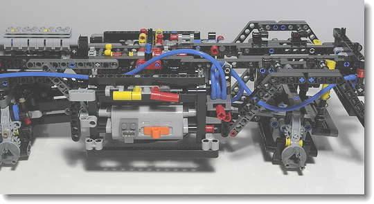 LEGO_8110_10.jpg