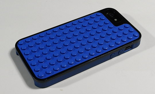 LEGO_iPhone_case_1.jpg