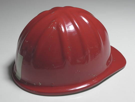 Red_helmet_3.jpg