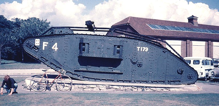 tankmuseum_2.jpg